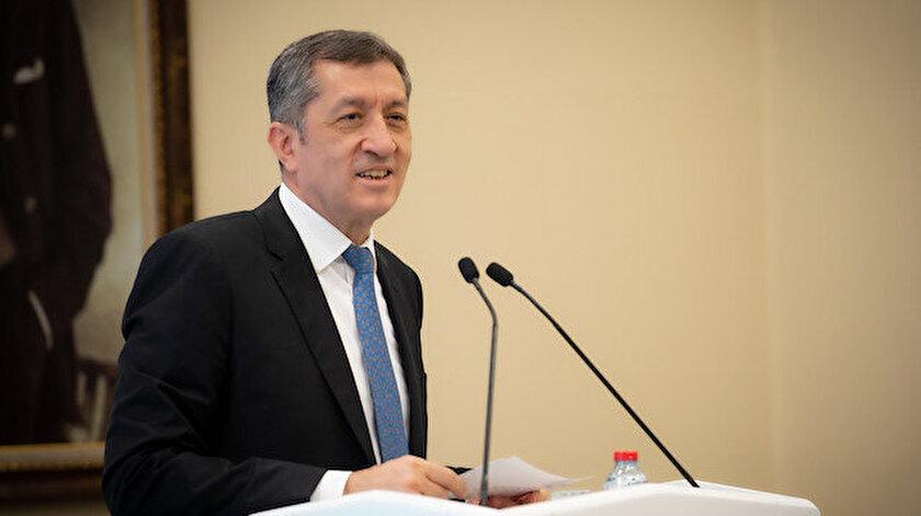 Milli Eğitim Bakanı Ziya Selçuk açıklama yaptı.