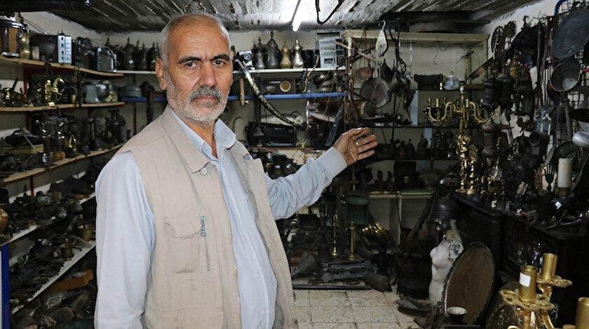 Gaziantepli Özaslan, antika tutkusu yüzünden evini arabasını bile sattı.