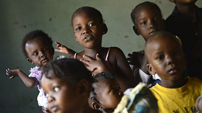 Amerikan nüfusunun yüzde 14'ünü siyahi çocuklar oluşturuyor.
