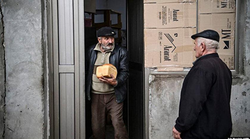 (Foto/arşiv: AFP) Dağlık Karabağ'da üretilen tahıl ürünlerinin kaybedilmesiyle ülkede ekmek kıtlığı tehlikesi ortaya çıktı.