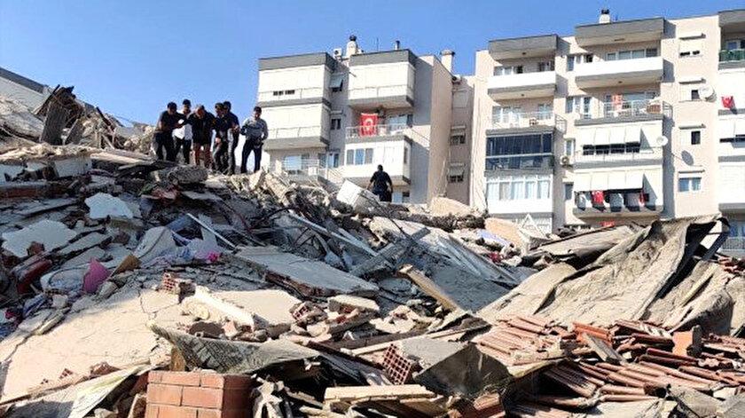 İzmir'de 30 Ekim'de 6.6 büyüklüğünde deprem meydana geldi.