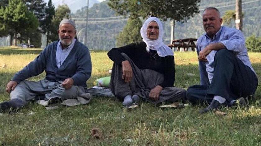Musa Aydın'ın cenazesinin ardından bir saat sonra, 80 yaşındaki anne Ayşe Aydın'ın da ölüm haberi geldi.