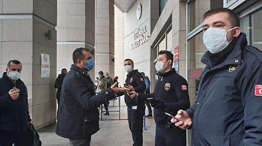 Adliyeye alınmayan temaslı polislere tepki gösterdi.