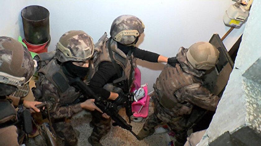 İstanbul'da DEAŞ Operasyonu; Çok sayıda gözaltı var.