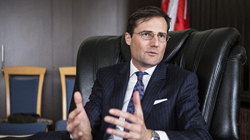 AP'nin Macar Milletvekili Gyöngyösi.