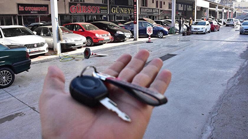 İkinci el otomobil satışı azaldı.