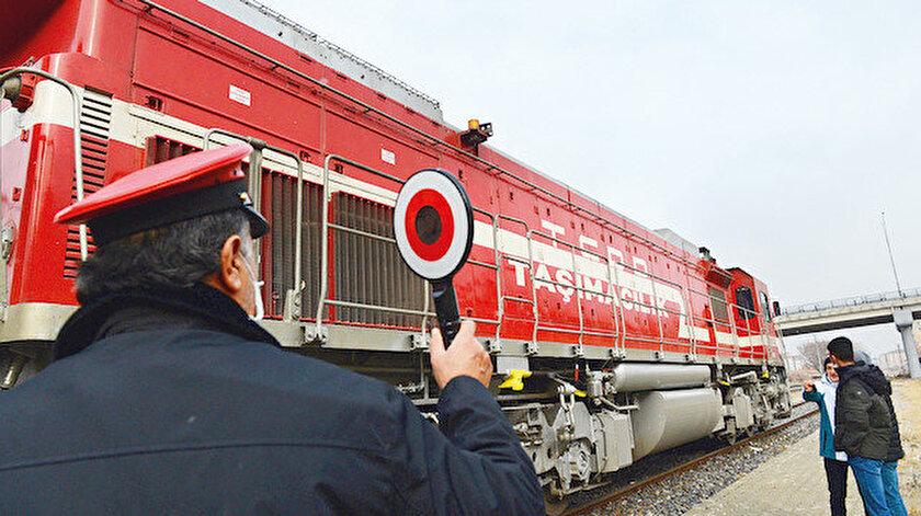 Çin treni Türkiye sınırını geçti