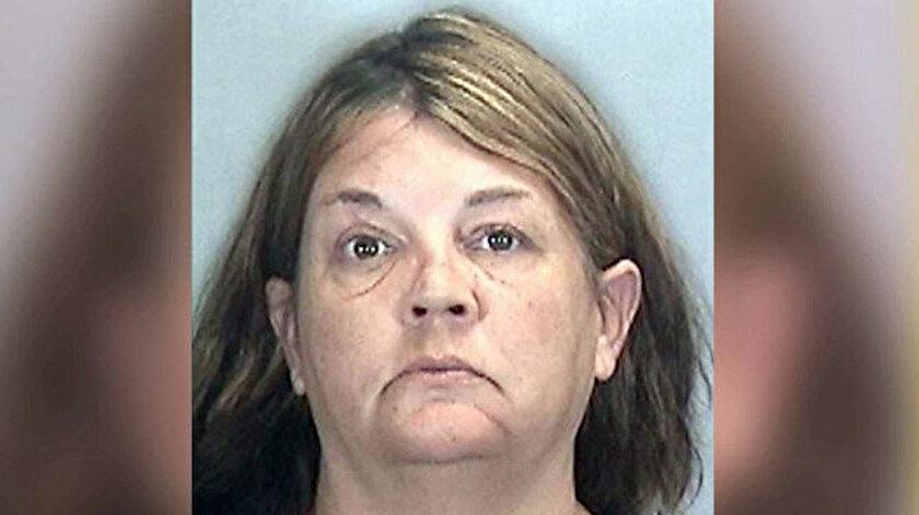 Kadın oda arkadaşının cesedini aylarca sakladı: Devletten ödenek almak için