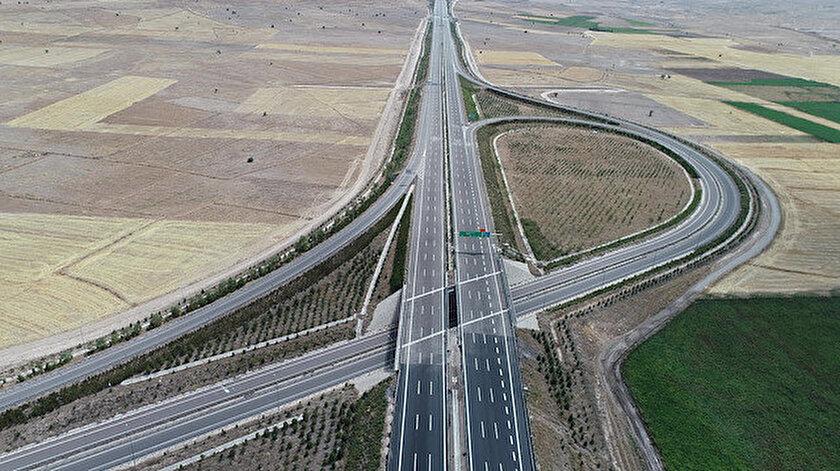 Yerli ve milli akıllı ulaşım sistemleri ile donatılan Ankara-Niğde Otoyolunun tamamı açılıyor