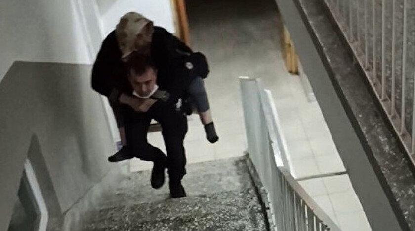 85 yaşındaki hastayı sırtında taşıyarak gönülleri fetheden polis memuru: Her Türk gencinin yapacağı bir davranış