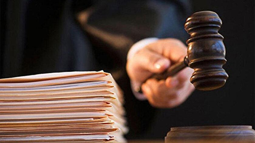 Bir süredir geçimsizlik yaşayan genç çift, Aile Mahkemesi'ne başvurarak karşılıklı boşanma davası açtı.
