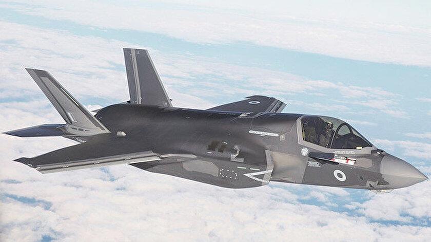 """Bloomberg'in haberine göre ABD Savunma Bakanlığı (Pentagon), Lockeed Martin'in ana yükleniciliğinde geliştirilen beşinci nesil savaş uçağı F-35'lerin """"tam oranlı seri üretim programını"""" süresiz olarak erteledi."""