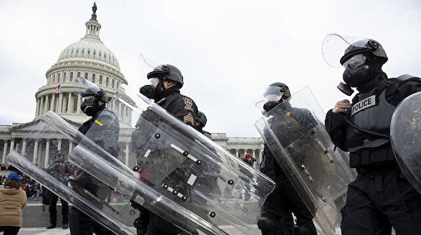Washingtonda sokağa çıkma yasağı başladı: Polis Kongre binasını geri aldı