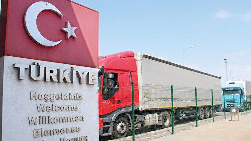 Sahip olduğu stratejik konumun avantajını yaşayan Türkiye'nin ihracatta alması gereken çok yol var. 200'den fazla ülkeye ihracat yapabilen Türkiye'nin şu anda 135 ülkede büyükelçiliği bulunuyor.