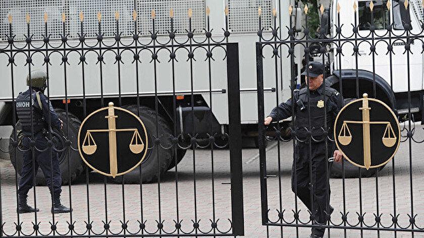 Ukrayna Dışişleri Bakanlığı, Rusya'nın 3 Kırım Tatar Türkü'ne hapis cezası vermesine tepki gösterdi.