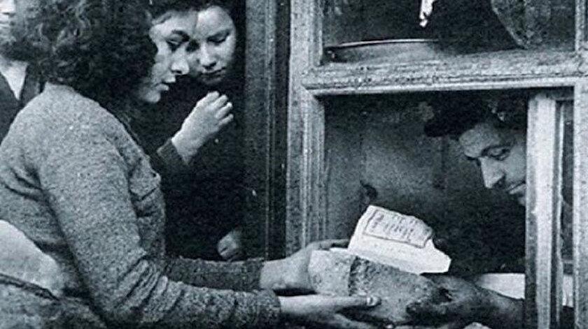 Tarihte Bugün (13 Ocak): Ekmek Karnesi uygulaması başladı.