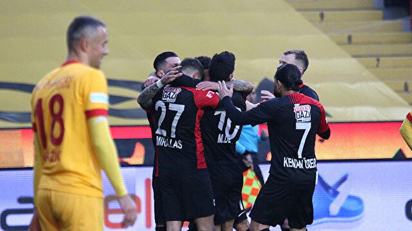 Gaziantep takımının gol sevinci.