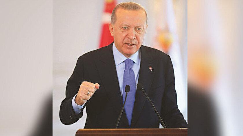 """AK Parti'nin 9 ilde yaptığı 7. Olağan kongrelere canlı bağlantıyla katılan Erdoğan, """"Ülkemizin ve milletimizin geleceği için vizyonu, hedefleri, projesi olan tek parti biziz"""" dedi."""