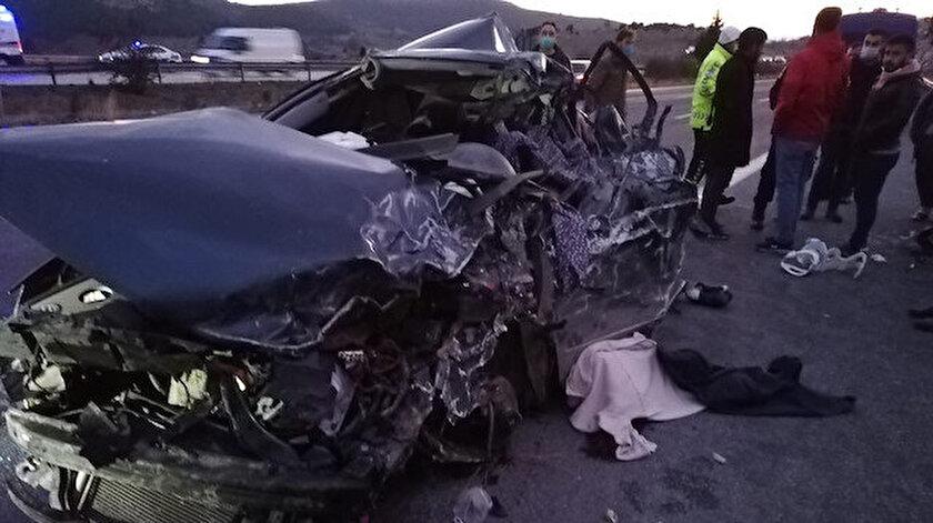 Son dakika haberleri: Tarsustaki trafik kazasında 5 kişi öldü