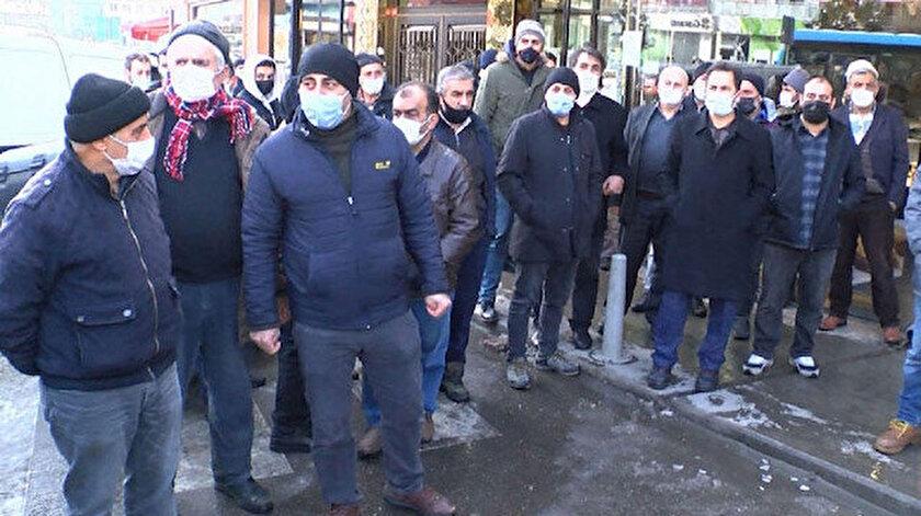 Kartal'da dolandırılan kişiler toplandı.