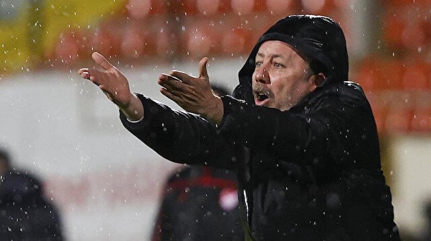 Sergen Yalçın yönetimindeki Beşiktaş, Süper Lig'de zirvede yer alıyor.
