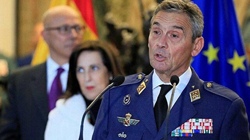 Villaroya, baskılar sonrası istifa etmek zorunda kaldı.