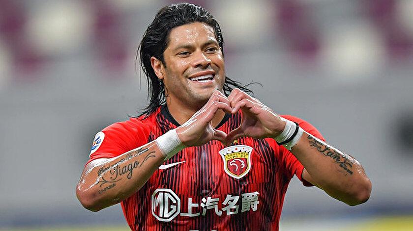 Çin kariyerini sonlandıran Hulk'un bonservisi elinde bulunuyor.