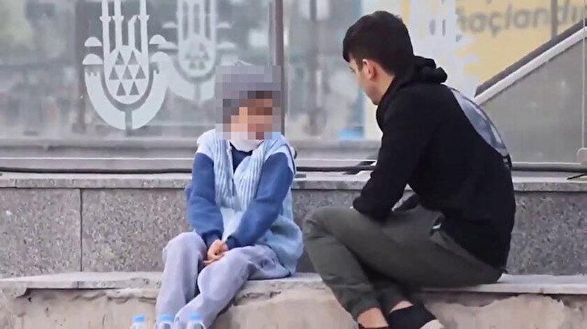Türkiye'nin gündemine oturan videoda çocuk su satan yardıma muhtaç bir profil çiziyor.