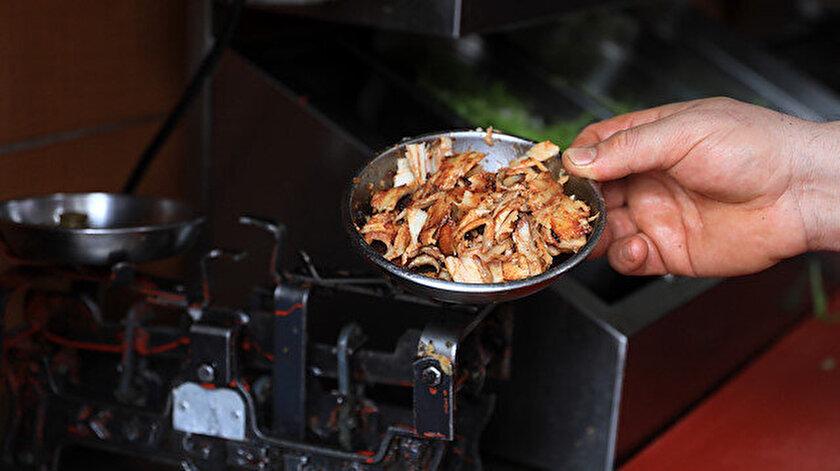 Et ve tavuk dönerde tadarak anlaşılamayan hileler: Fiyatı düşükse mutlaka hile vardır