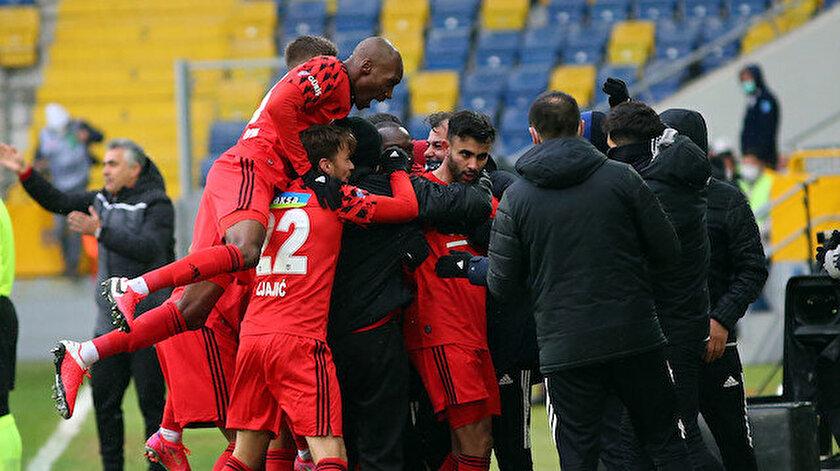 Tosun Paşanın dönüşünde Beşiktaş farklı kazandı
