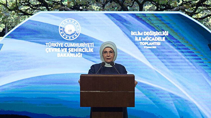 Emine Erdoğan: İklim değişikliğiyle mücadelede zafer yeni yaşam kültürleri inşa etmeden kazanılamaz