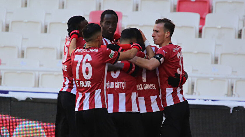Sivassporlu futbolcuların gol sevinçleri