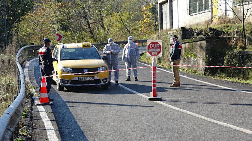 Karantina uygulanan yerlerin yolları güvenlik güçlerince kapatıldı.