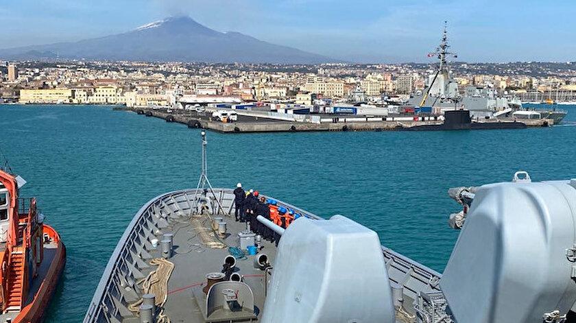 Katanya, İtalya'nın Sicilya Özerk Bölgesi'nde kendi adını taşıyan Katanya  Sicilya'nin ikinci büyük belediyesidir.