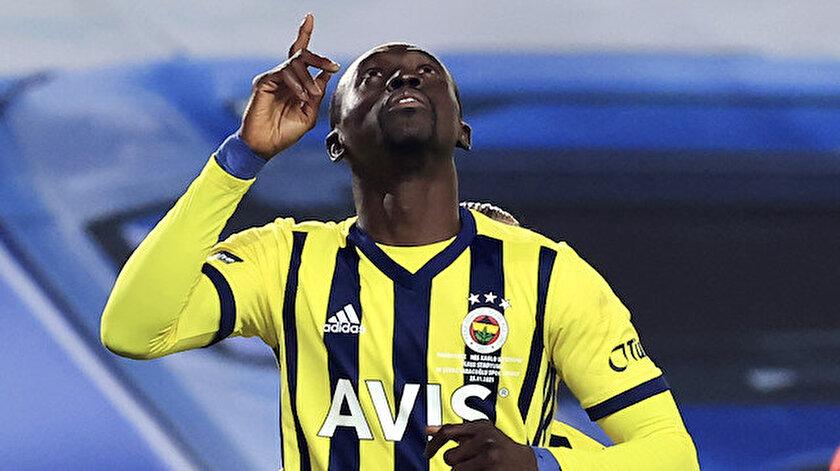 Cisse Süper Lig kariyerinde toplamda çıktığı 77 maçta 42 gol attı.