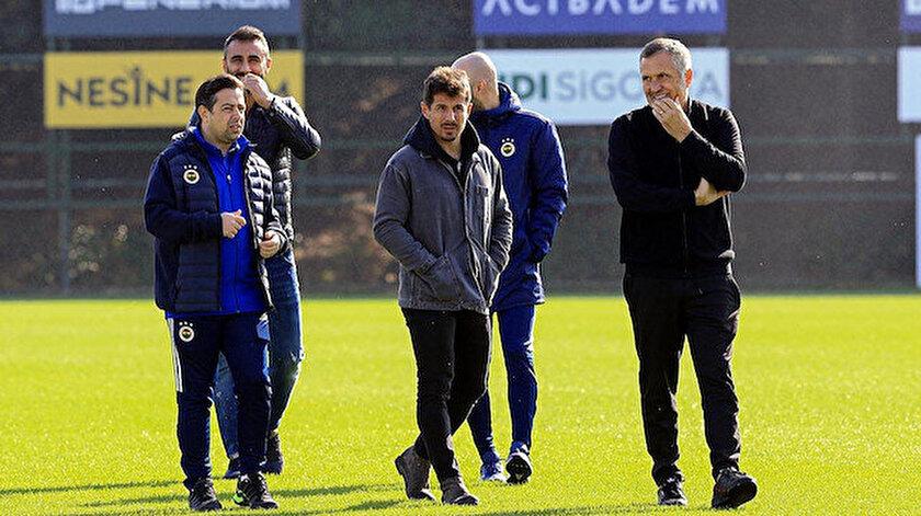 Emre Belözoğlu, teknik heyet ve futbolcularla birebir görüştü