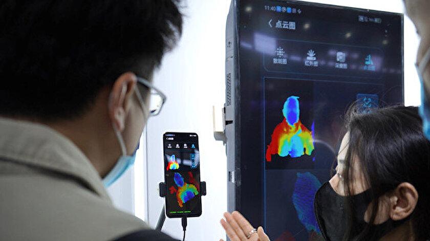 ZTE ekran altı yüz tanıma sistemi üzerinde çalışıyor