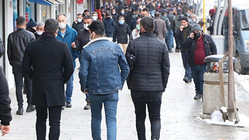 Van haberleri: Vanda hastanede yatan koronavirüslü hasta sayısı 50nin altına düştü