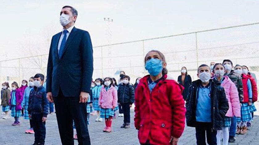 Bakan Selçuktan yüz yüze eğitimde maske uyarısı
