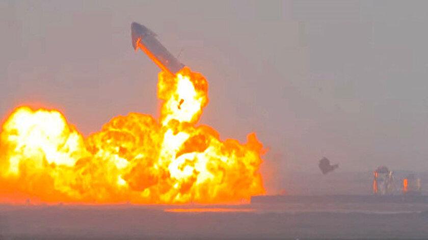 SpaceXin Mars aracı Starship, deneme uçuşu sonrası yere indikten sonra infilak etti