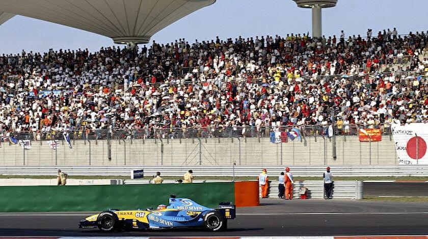 Formula 1'de seyircilere aşı formülü