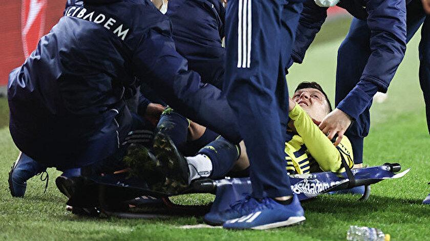 Mesut Özilden sakatlık açıklaması: Çok üzgünüm