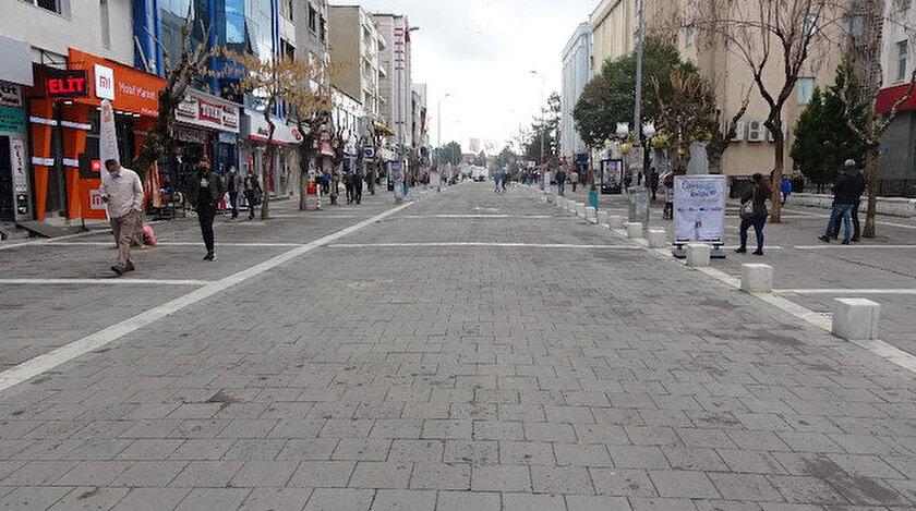Mavi kent Uşak rehavete kapılmadı: Serbestlik kararına rağmen caddeler boş kaldı