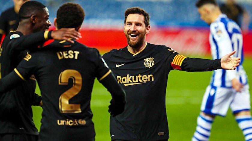 Barcelona gol oldu yağdı, Messi tarihe geçti