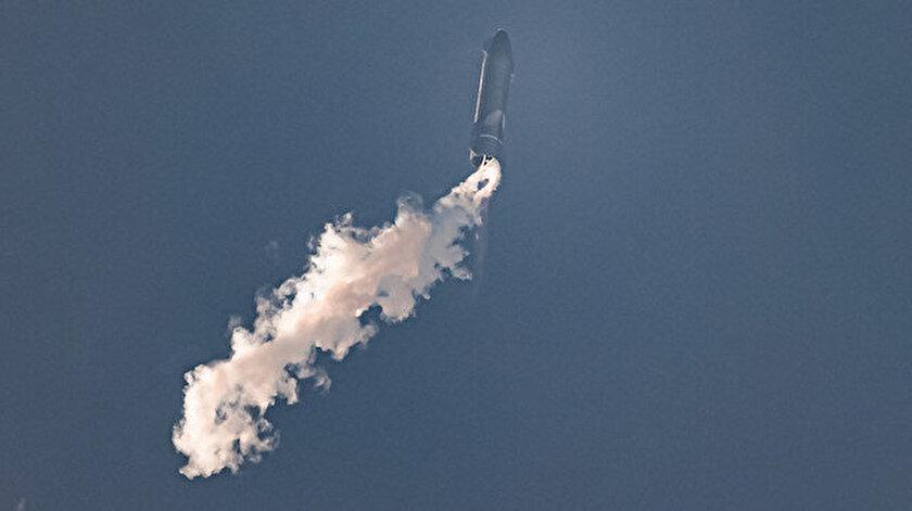 SpaceXin Marsa göndermeyi planladığı Starship aracının 4. deneme uçuşu da başarısız oldu