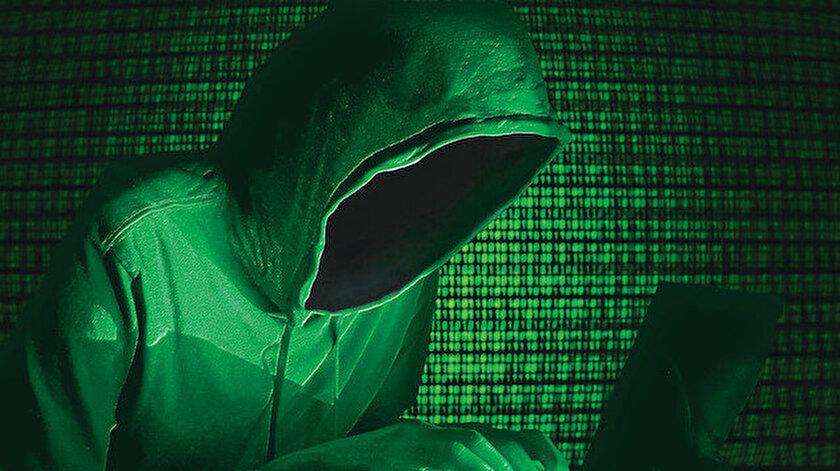 Yeni Şafak muhabiri Dark Web'de iz sürdü: Benim de kişisel verilerim satışta