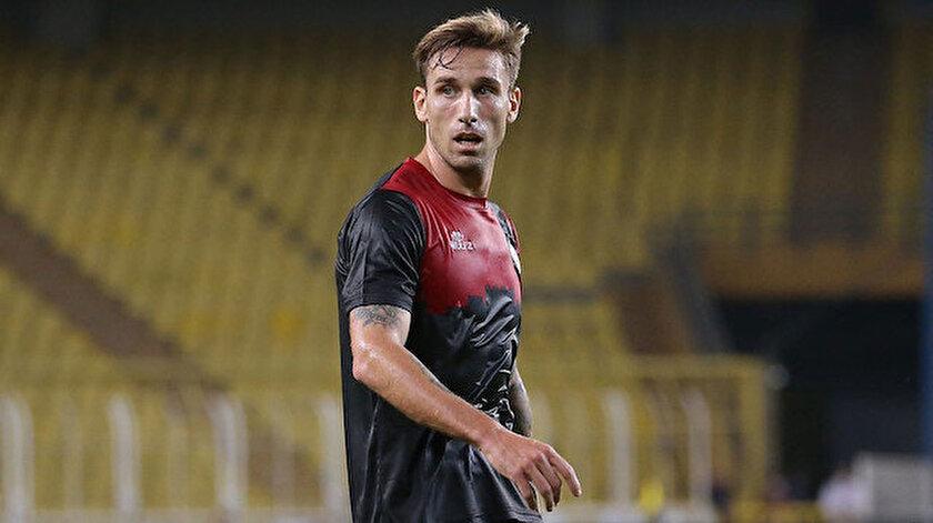Fatih Karagümrükte 2 futbolcunun konronavirüs testi pozitif