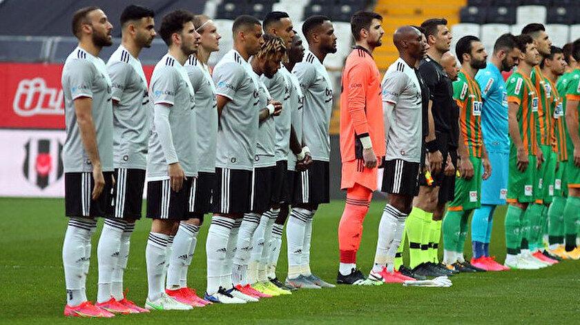 Beşiktaşın yeni sezonda giyeceği iç saha forması belli oldu: Sosyal medyaya sızdı