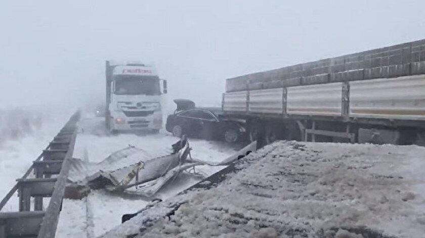 Niğde-Adana kara yolunda kaza yaparak mahsur kalan TBMM İdare Amiri Ali Şahine ulaşıldı