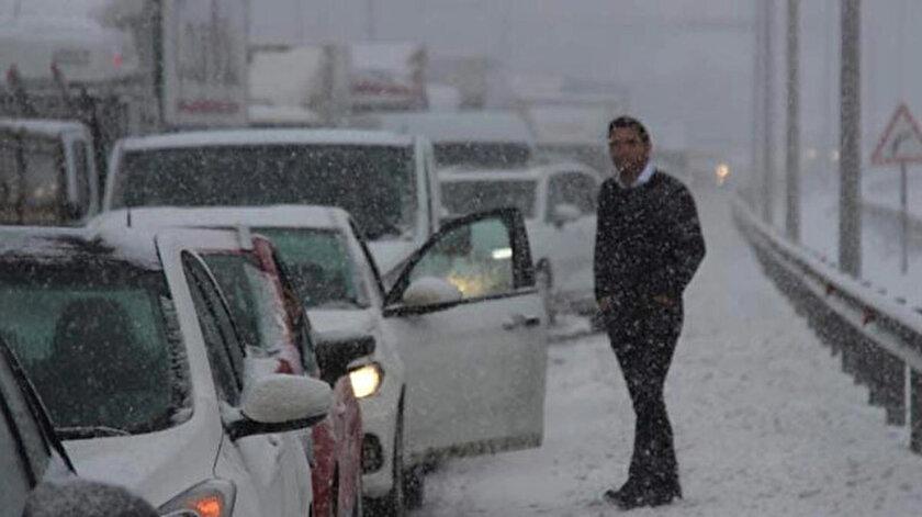 Adana-Ankara Otoyolu, trafik kazası nedeniyle tek yönde ulaşıma kapandı